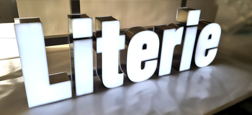 signaletique darty chateaugontier enseigne lumineuse lettres boitier